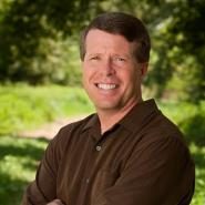 Thank you Jim Bob Duggar for your Christian example of a good father and husband.  Happy Fathers Day!