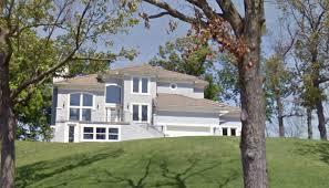 The Mansion that Jill Duggar Dillard and Derick Dillard are renting from Jim Bob Duggar